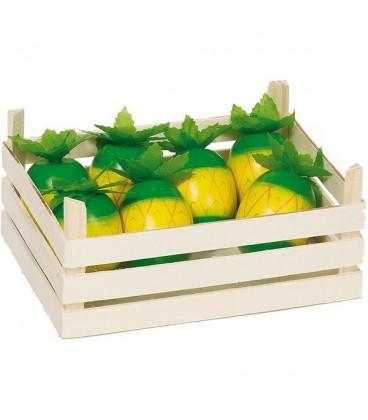 Houten kistje met ananassen