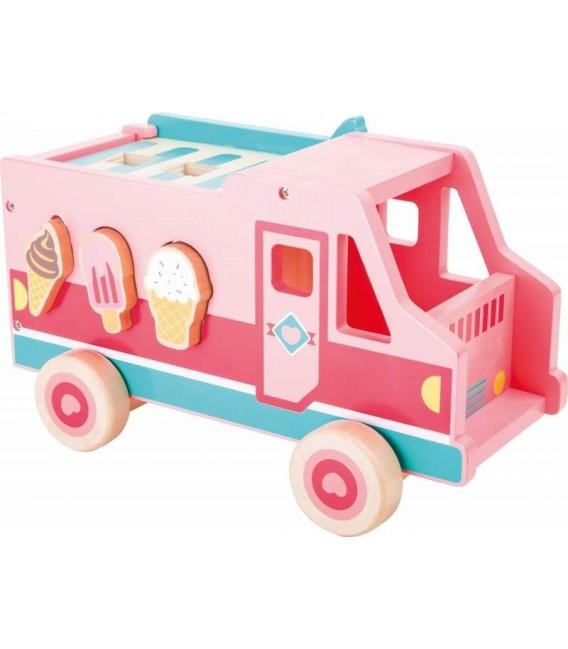 Houten  ijscowagen en vormenstoof foto 4
